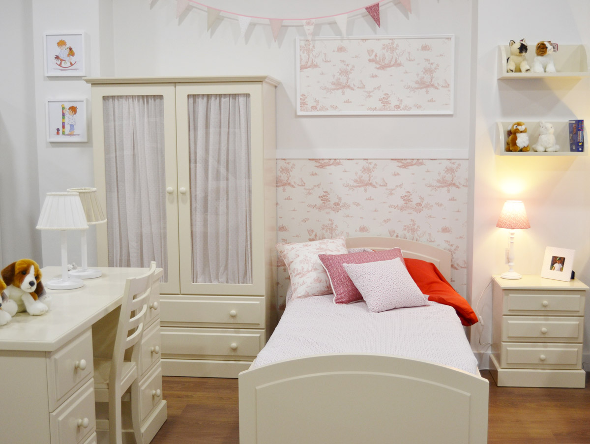 Papel pintado ni a flores vintage el p jaro carpintero for Dormitorios para 4 ninas