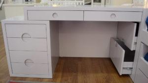 escritorio-gris