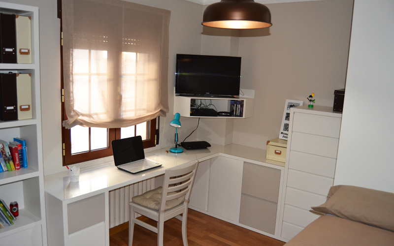 El dormitorio juvenil de edu y juan el p jaro carpintero - Escritorio para habitacion juvenil ...