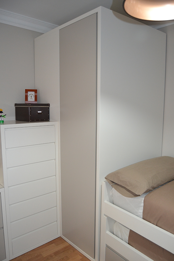 Dormitorio juvenil compacto el p jaro carpintero for Dormitorio juvenil compacto