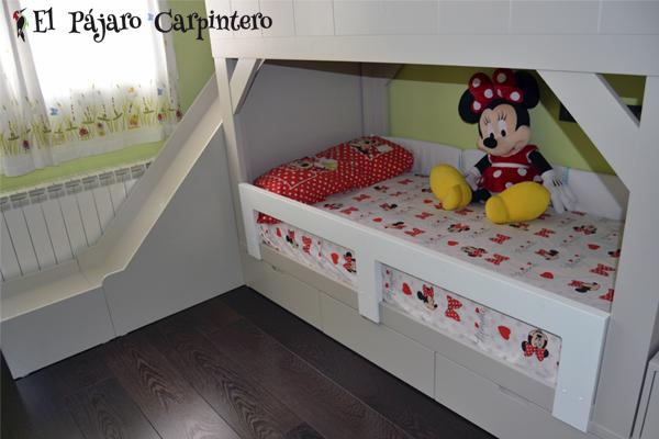 ¿Quién dijo que un tobogán no podía formar parte de un mueble infantil?