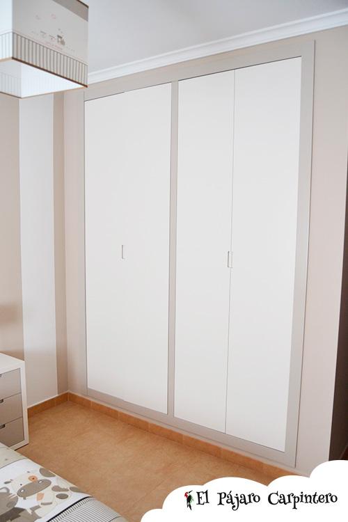 Armario lacado en dos tonos para habitaciones infantiles