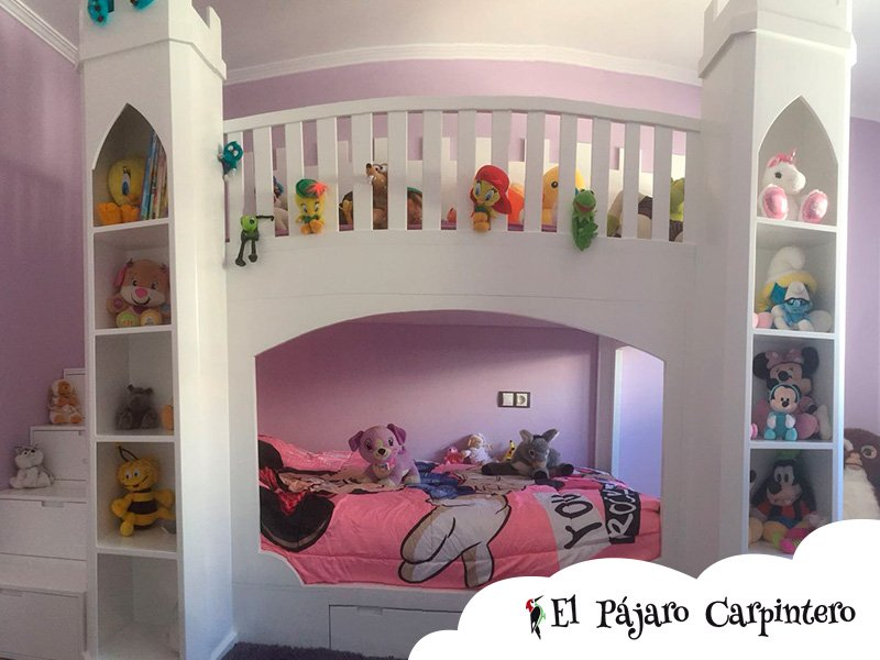 Cama de castillo para niñas
