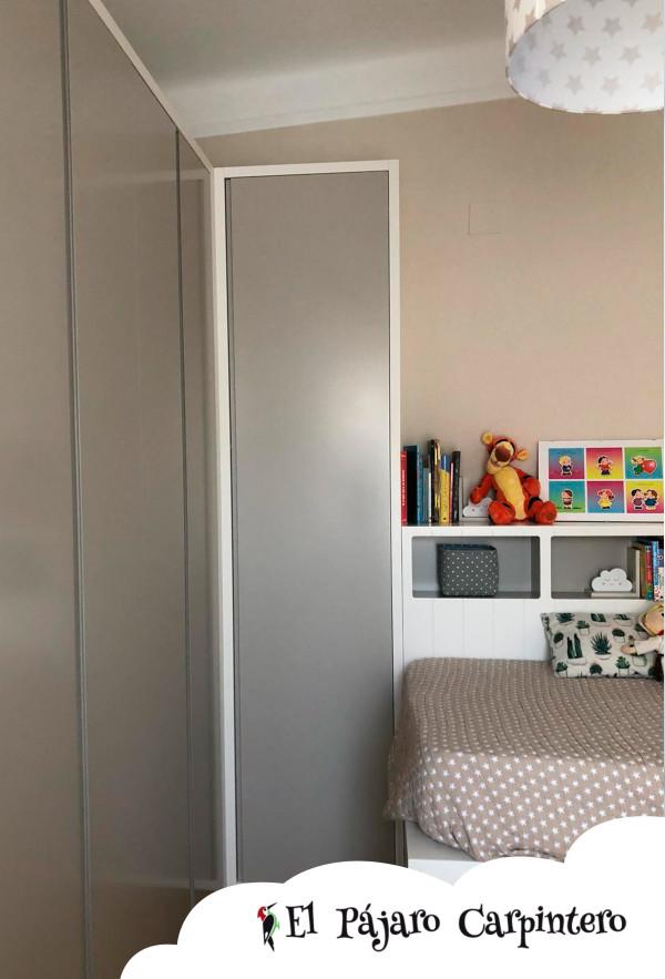 Armario en forma de L para habitación infantil