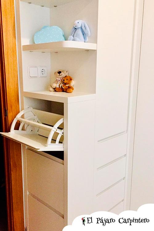 Zapatero integrado en el armario